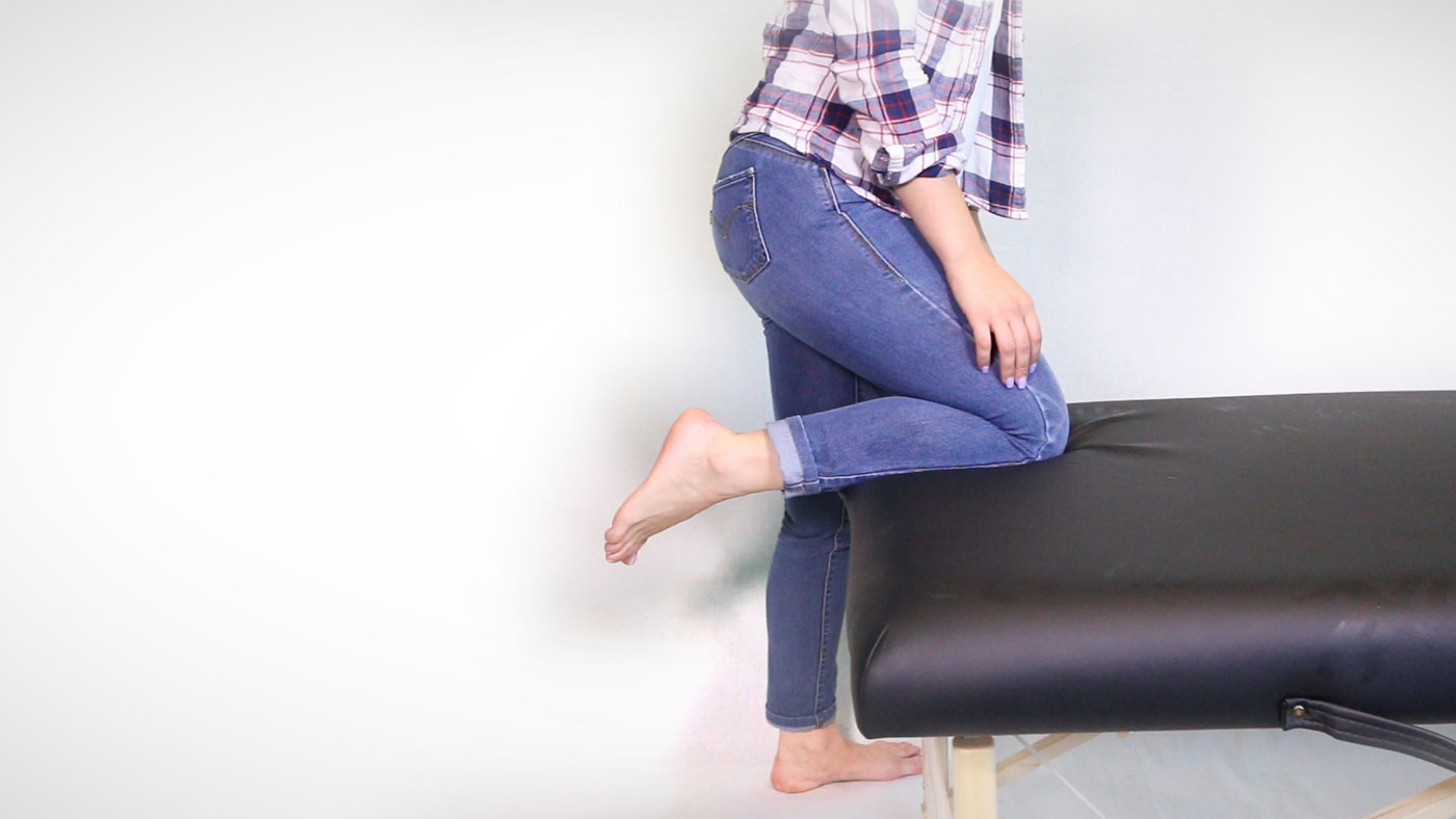 Scanning a patient with knee up on bed or chair